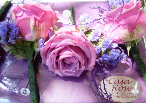 Buttonhole flowers and corsages