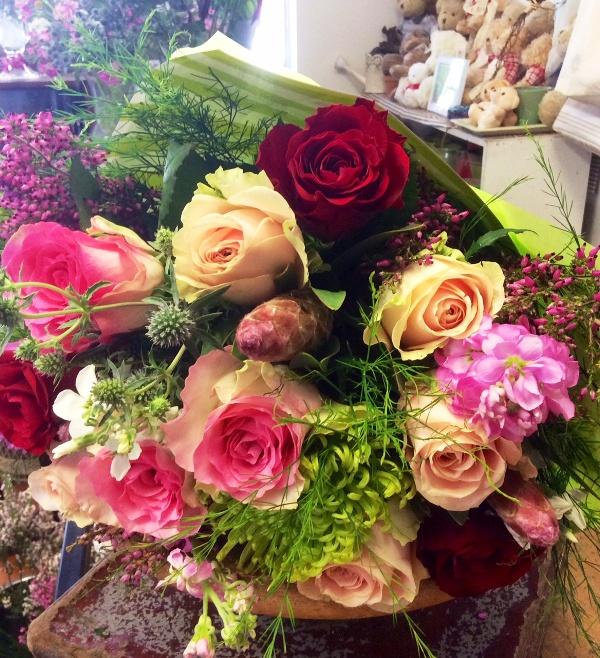 flower bouquet, mixed flowers and colors