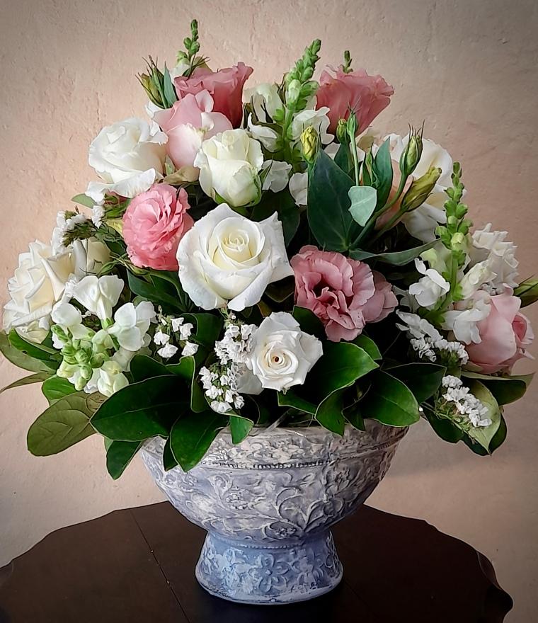 Rose bowl arrangement for mothers day.