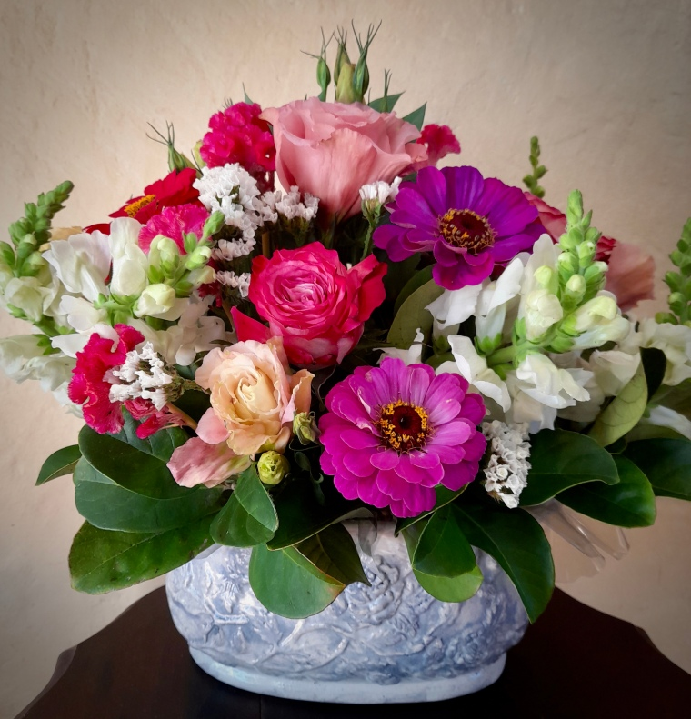Mothers day flowers mixed arrangements for delivery in Port Elizabeth